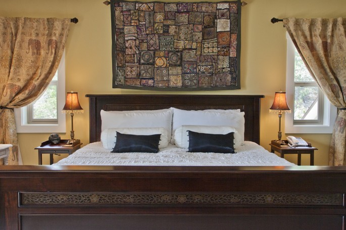 Rooms & Rates | Forgotten Hill Bed & Breakfast